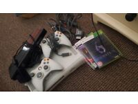 Xbox 360, 2 controllers, kinnect & 3 games