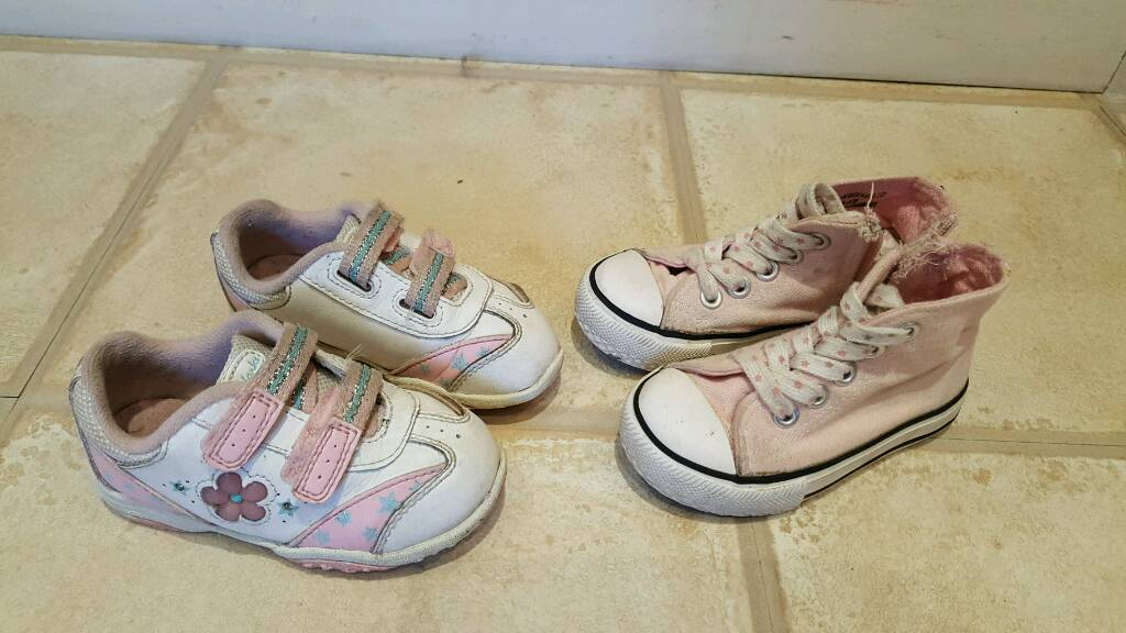 Girls size 5 light up Clarks trainers and converse style trainers  62dd3a4ca