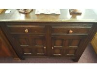 Chest with Two Drawers and Two Cuboards