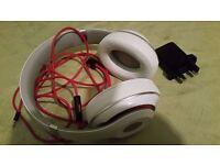 **Genuine **Beats by Dre Studio Headphones - White