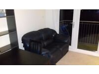 Room to rent in 2 bed flat in Leith