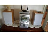 CD PLAYER AM RADIO CASSETTE PLAYER INCLUDES 2 SPEAKERS