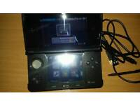 Black 3ds with charger and charging stand