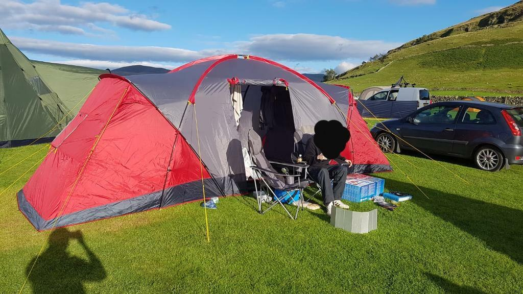 Regatta 6 man tent | in Castleford, West Yorkshire | Gumtree