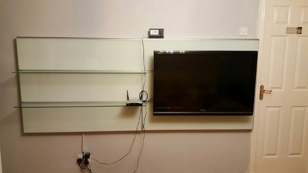 Ikea De Schreibtisch Galant ~ IKEA TV UNIT  GLASS PANELS  in Cumbernauld, Glasgow  Gumtree