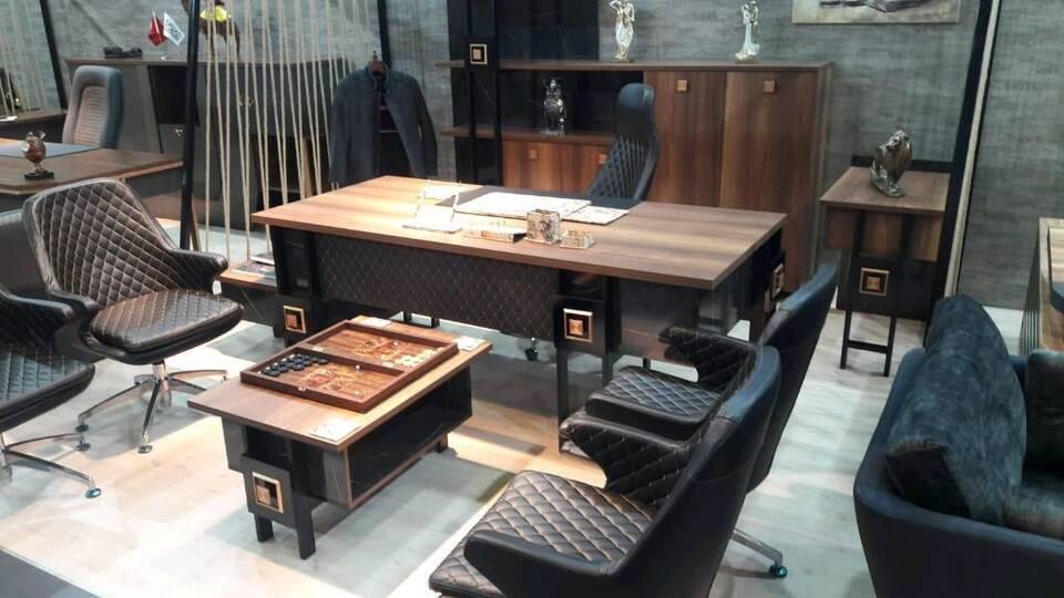 Büromöbel Tisch Schrank Büro Komplett Set Design Möbel Preiswert in Glinde