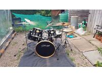 Stagg Jia Series drum kit complete kit including variety of symbols