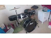 Pearl 'Rhythm Traveler' 5 Piece DRUM KIT, Jet Black with cymbals and accessories