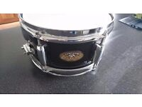 "Pearl 10"" firecracker snare drum in black good condition"