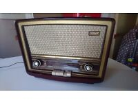 VINTAGE 1956 STELLA ST236A BAKELITE MAINS TABLETOP VALVE PUSH BUTTON RADIO HOME SHOP DECOR PROP GWO