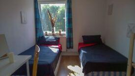 A nice, double room close to Canary Wharf