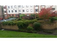 Rarely available 1/4 share 2 bed flat.halmyre st(off leith walk)