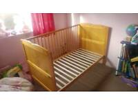 Baby cot toddler bed. Tatty teddy me to you 3 way