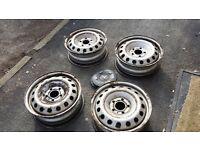 "Vivaro Trafic Primastar 16"" steel wheels with centre caps"