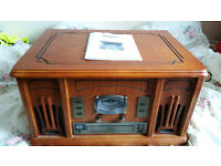 VINTAGE RETRO RECORD PLAYER, CD AND RADIO STEREO ONLY £60