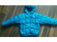North Face boys reversible 550 down jacket