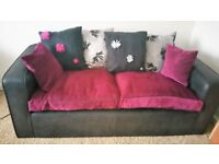 LUSH COMFY 3 & 2 SEATER SOFAS WITH FREE DELIVERY.