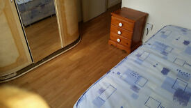 DOUBLE ROOM FOR TOLET