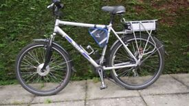 Electric bike. Suitable for road or Forrest tracks.