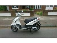 Piaggio fly 125 3v keys logbook services book new tyres mot low mileage ready to go