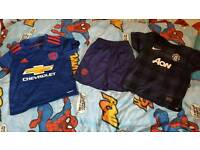 Manchester United boys tops