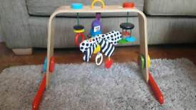 Baby mobile play stand