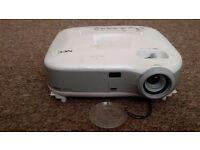 NEC VT470 Projector