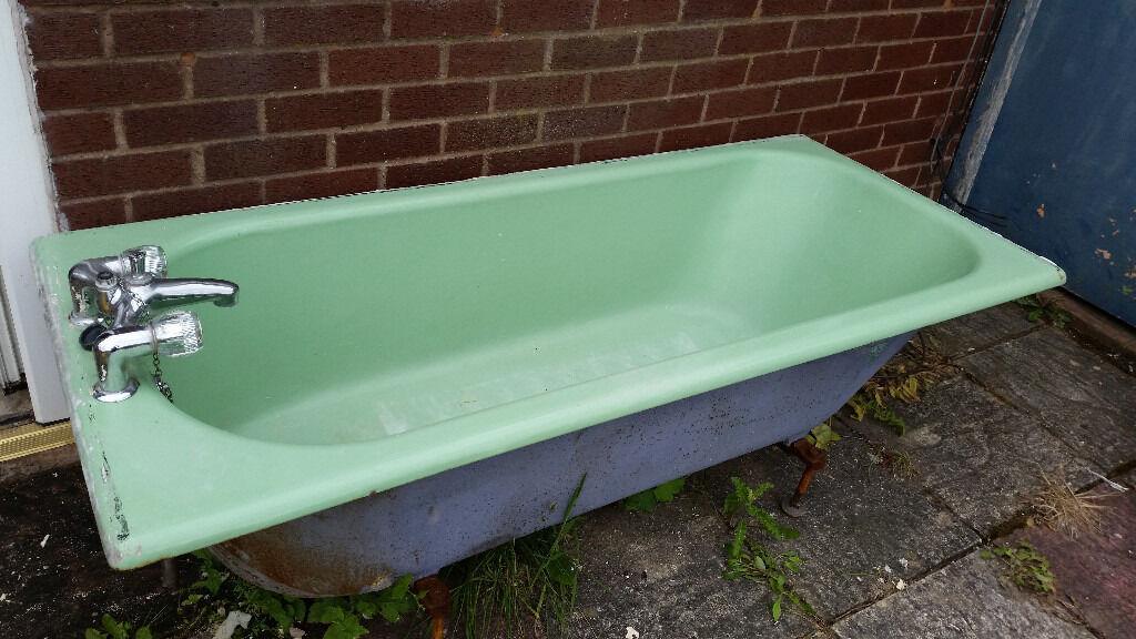 1950 / 60s Cast Iron Bath / Bathtub (Green) (Bilston / Royal Doulton ...