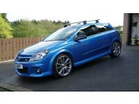 Vauxhall Astra VXR (decat - pops and bangs / 2008)