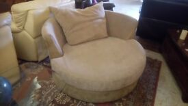 HUGE swivelling CUDDLE CHAIR in great condition! ONLY £115 CHEAP local DELIVERY Stalybridge SK15 3DN