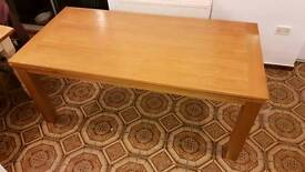 Solid oak dining table 6 seater