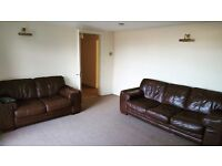 Double room (inc. all bills), Spacious 2 bed maisonette-flat in beautiful Downend.