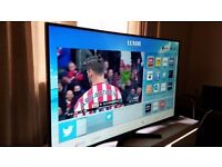 """LUXOR 32"""" SMART LED FULL HD 1080p TV COMBI,built-in DVD PLAYER, WIFI,Freeview,Excellent condition"""