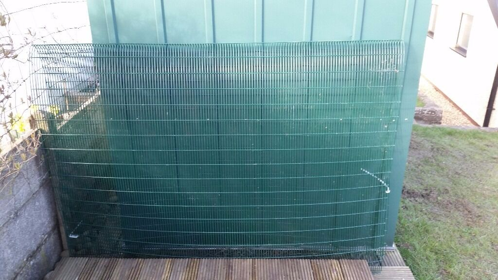 18 heavy gauge pvc coated wire mesh panels, ideal for chicken pen or ...