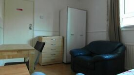 Single room in Bromley by Bow (district line zone 2) 125 pw!! BILLS & WIFI INCLUDED