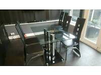 Glass dining table in good condition