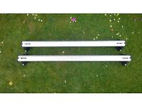 Genuine Vauxhall Astra Mark 5 roof bars with fitting instructions