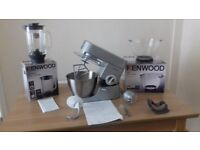 Kenwood Chef including accessories and glass mixing bowl and blender