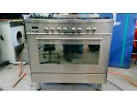 Délonghi 6 ring gas cooker with electric owen