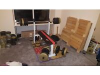 We r sports weight bench, bars and weights
