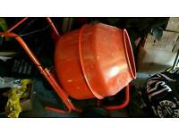 BRAND NEW 240V CONCRETE MIXER - USED ONCE