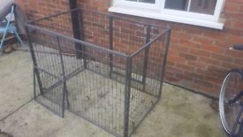 Medium sized dog cage FREE - MUST COLLECT TODAY