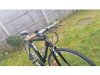 """CLAUD BUTLER HYBRID BIKE..21""""FRAME.700cWHEELS..21 SPEED..NEW CONDITIONS BIKE…READY TO RIDE..160 ONO"""