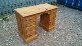 SMALL SOLID PINE DESK
