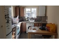 Spacious & Airy 4 Bedroom Flat Located In Chalton Street Walking Distance To Kings Cross Station