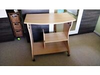 desk,clean,very good condition