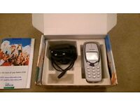 Nokia 3330 mobile phone boxed with charger