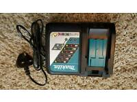 Makita single fast charger