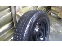 wheel and tyre uniroyal rallye 280/65 radial 185/65r1486t still has factory paint lines round tyre