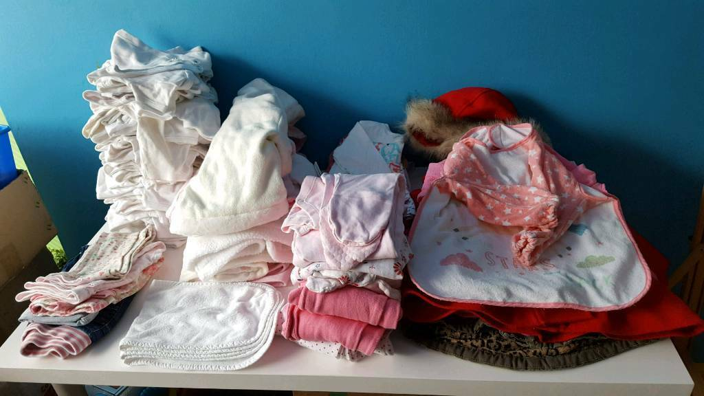Bundle of Girls cloth from newborn to more more then 80 pieces.
